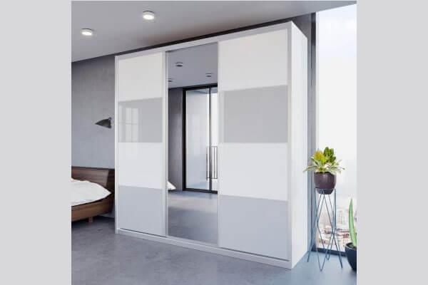 ארון הזזה 3 דלתות דגם HG2601VN בשילוב היי גלוס כולל חיפוי אלומיניום