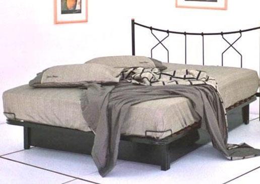 מיטת מתכת דגם B314+ארגז מצעים