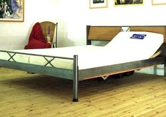 מיטת מתכת דגם B315