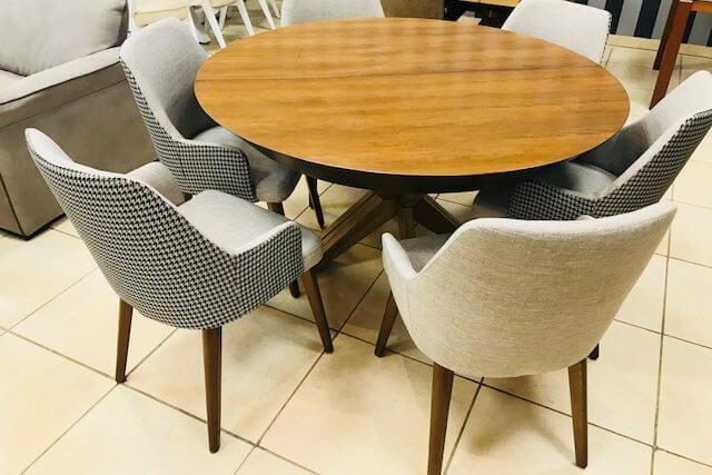 שולחן עגול פזה  + 6 כסאות נפתח sh