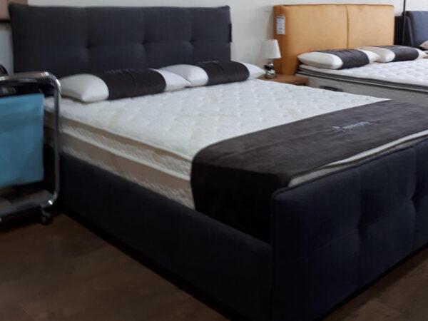 מיטה מרופדת דגם בניטה