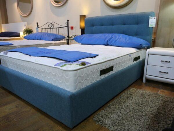 מיטה מרופדת דגם מיאמי מתצוגה