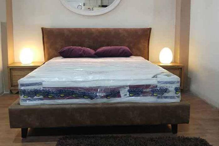 מיטה מרופדת דגם לוליטה