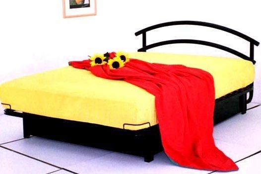 מיטת מתכת דגם B303+ארגז מצעים