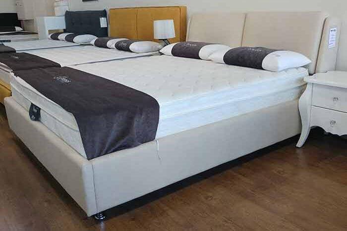 מיטה מרופדת דגם לילך