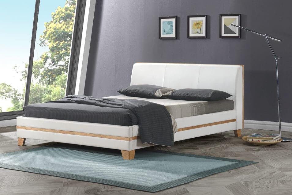 מיטה מרופדת עץ גוון טבעי דמוי עור לבן דגם רנה – vs