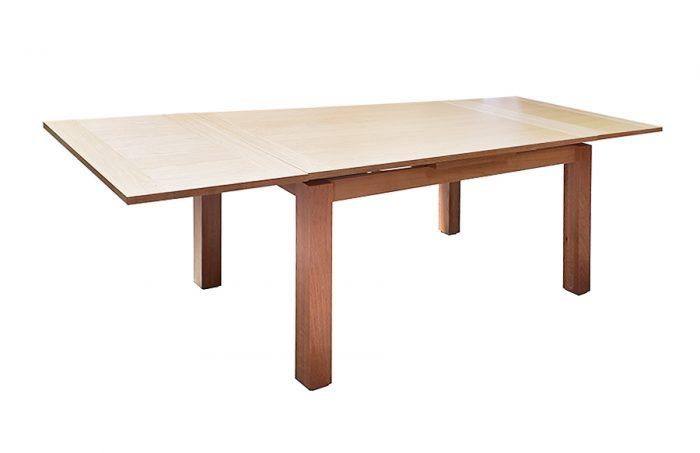 שולחן אוכל דגם מטאורה