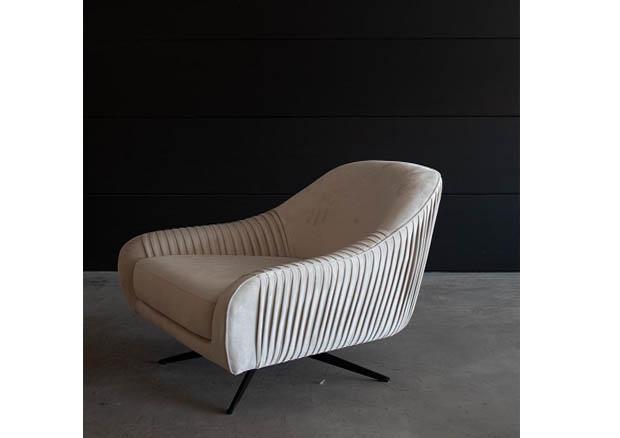 """כורסא מעוצבת ומסתובבת דגם """"מסה MO"""""""