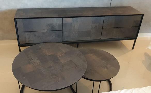 מזנון + שולחן