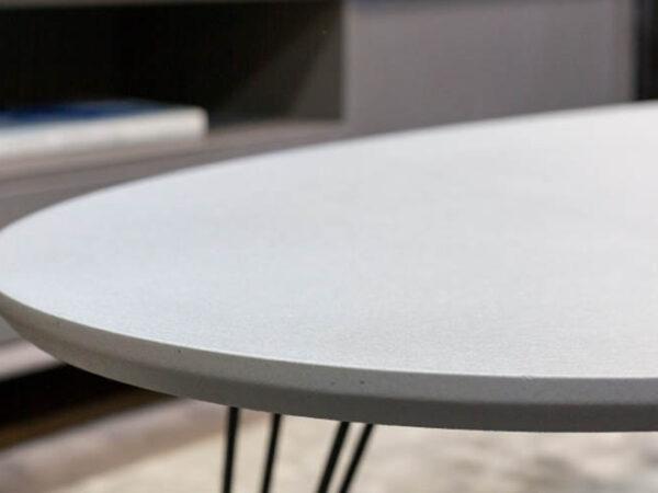 שולחן ומזנון לסלון הבית בצבע בטון
