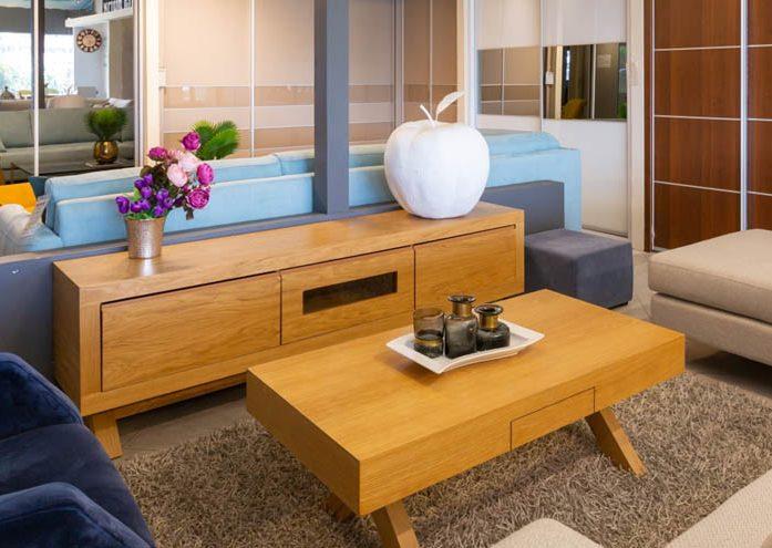 מזנון ושולחן לסלון הבית